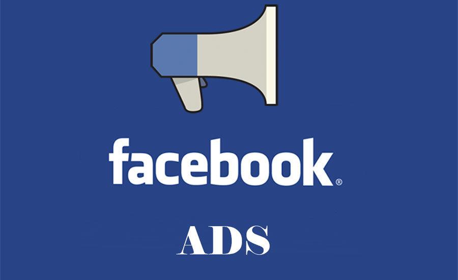 Logo Facebook Advertising con megafono su sfondo blu